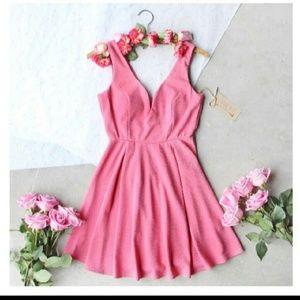 Spool 72 Dresses & Skirts - Spool 72 Love at first sight dress