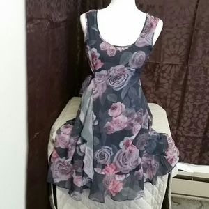Jessica Simpson maternity dress size small