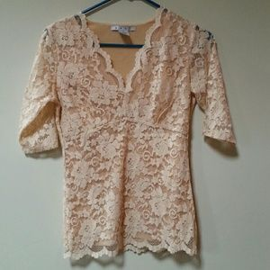 Beautiful lace top. NWOT.