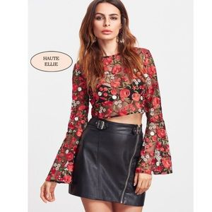 Haute Ellie Tops - 🆕 Las Flores Embroidered Bell Sleeve Top