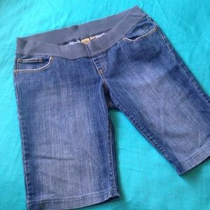 Old Navy Pants - Old Navy Maternity Boot Cut Denim Jean Shorts lg