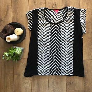 Sunny Leigh Tops - Black & White Chevron Shirt/Blouse - M