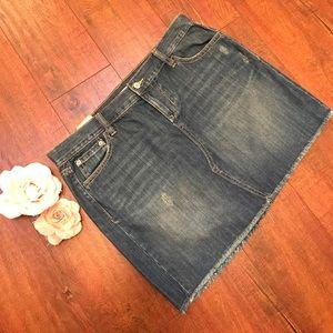 Old Navy Dresses & Skirts - Old Navy Jeans Skirt 🌞🌻🌞