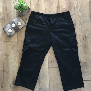 The Limited Pants - Limited Black Cassidy Fit Capris - 10