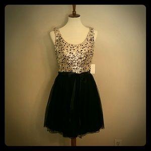 Jodi Kristopher Dresses & Skirts - PARTY DRESS