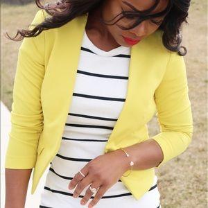 H&M Jackets & Blazers - 🔸 Yellow H&M Blazer 🔸