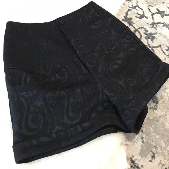 Forever 21 Pants - High waist black shorts