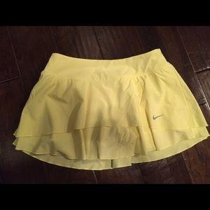 Nike yellow tennis skirt with ruffles