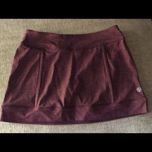 Lija maroon tennis skirt
