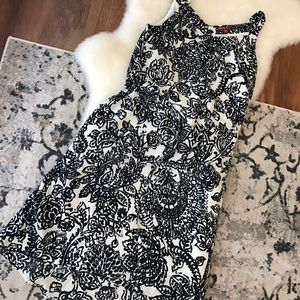 Merona Dresses - Black and cream paisley dress
