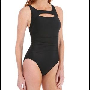 Magicsuit Other - 784🐰🖤 Magicsuit Fiona Peek a Boo Ruched Swimsuit