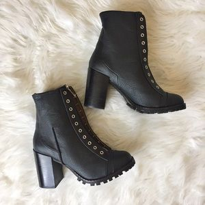 Report Signature Shoes - Report Signature • Black Leather Platform Booties