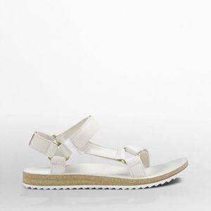 Teva Shoes - NWOB white leather universal teva sandal