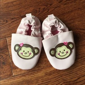 First Moments Other - 🆕 Little girl moccasins