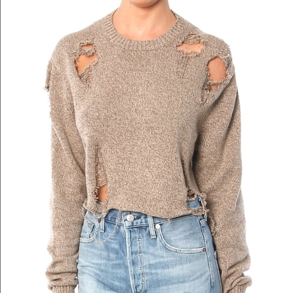 c137fe9c85 Distressed Crop Sweater (Kylie Jenner!) M 58f7d5fff739bc7cc7008189