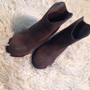 Rocket Dog Shoes - Like new!! Rocketdog suede cowboy style boots.