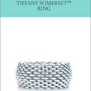 {Tiffany & Co.} Mesh Ring