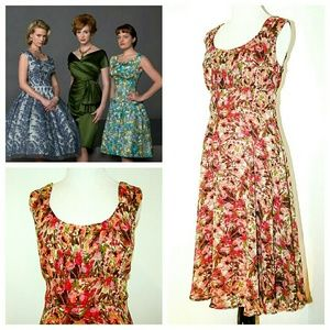 Northstyle Dresses & Skirts - Northstyle Dress - Flirty Floral Swing Dress 12P