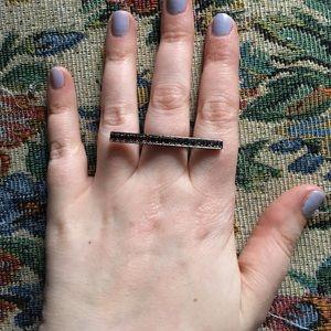 Jewelmint Jewelry - Jewelmint rhinestone bar ring
