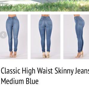 Fashion nova Classic HW Skinny Jeans- Medium Blue