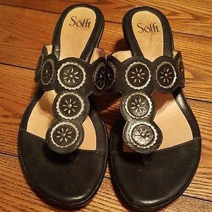 Sofft Shoes - Black comfy sandals