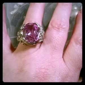Jewelry - Lavender stone ring