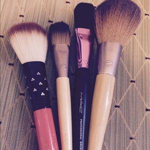 MAC Cosmetics Other - Set of 4 Makeup Brushes: MAC & EcoTools