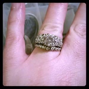 Jewelry - Cubic zirconia wedding set