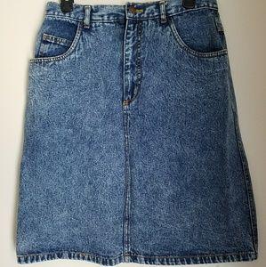Women's vintage wash denim skirt (size 16)