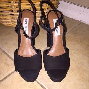 STEVE MADDEN Kierra Platform Sandal Black Suede