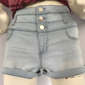 refuge Pants - High-waisted Light Denim Shorts