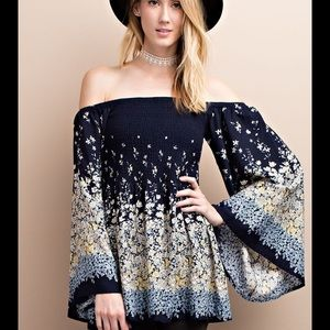 Easel Tops - ✳️Off Shoulder Woven Tunic w/Bell Sleeves by Easel