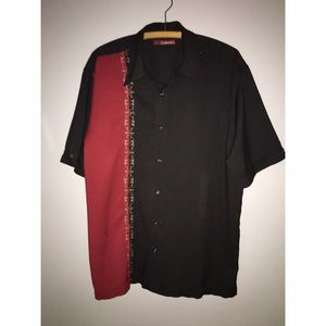 Other - Men's Black and Red Short Sleeve Button Down Sz L