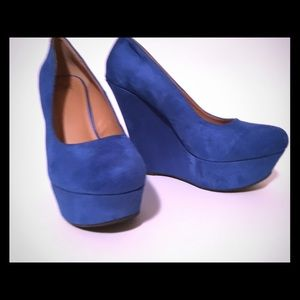 Delightful Designs Shoes - VIBRANT BLUE FAUX SUEDE PLATFORM WEDGES SIZE 9