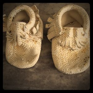 """Freshly Picked Other - Freshly Picked """"Oui"""" Moccasins"""