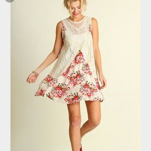 UmGee Dresses & Skirts - 💗JUST IN💗 Floral and Lace Dress