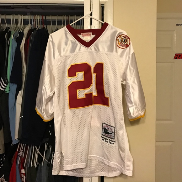 new arrival f9650 29b74 Redskins throwback Sean Taylor Mitchell & Ness