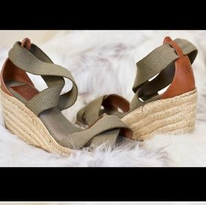 Shoes - Tory Burch wedges 8 1/2