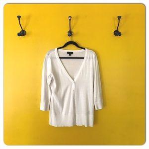 AB Studio Sweaters - AB Studio white cotton 3/4 sleeve v- neck cardigan