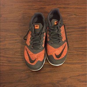 Nike Other - Nike FS3 lite run krimson/black like new