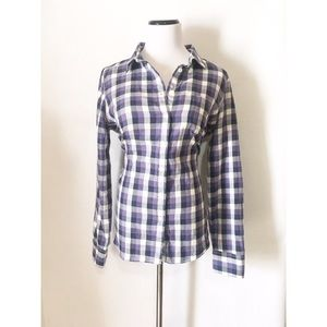 J. Crew Tops - J. Crew the perfect shirt button down top