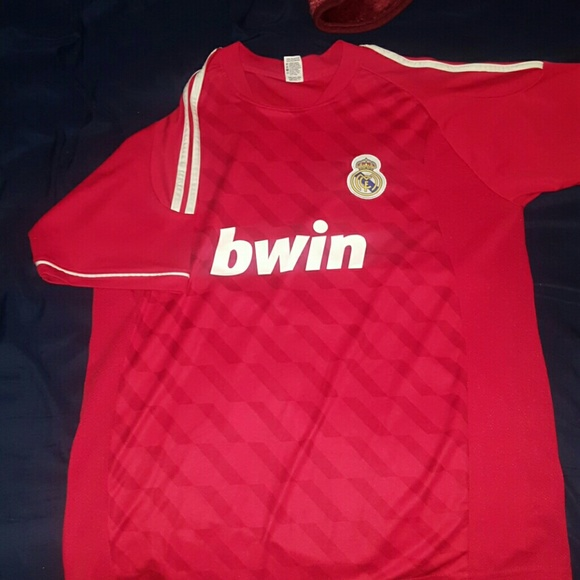 release date 8d300 49928 Real Madrid Replica soccer jersey