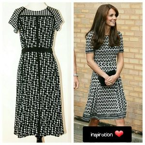 Taylor Dresses & Skirts - Taylor Dress sz 6 - black&white w/ ribbon details