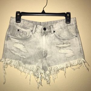 Free People Pants - Gray high waisted shorts from H&M size 6 NWT