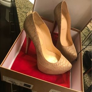 Shoes - Christian Loubtains size 38
