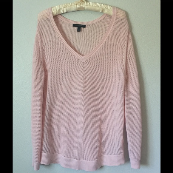 Banana Republic Sweaters - Pink V-Neck Light Weight Sweater