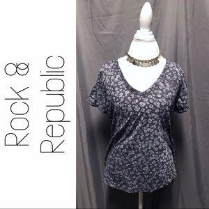 Rock & Republic Tops - Rock & Republic Skull V Neck Tee Top XL Gray