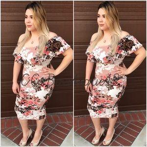 Dresses & Skirts - Nudes Floral Dress