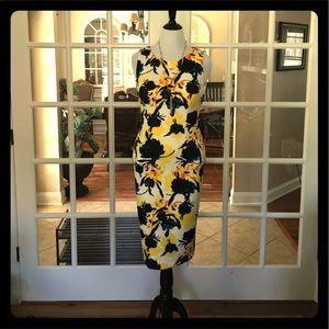Ivanka Trump Dresses & Skirts - SALE!! 5 🌟 Rating!! 💕 Ivanka Trump Floral Dress