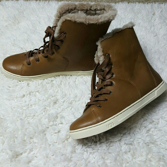 1f9eb90a9fc Ugg Croft Chestnut Leather Shearling Sneaker 10 NWT
